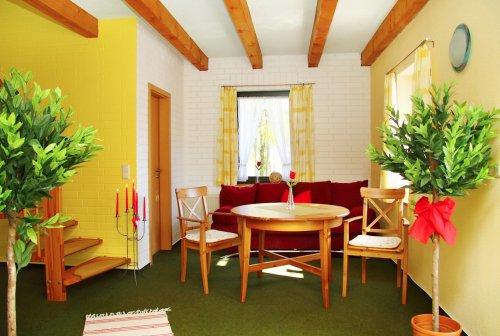 ferienwohnung f r 4 bis 5 personen an der m ritz. Black Bedroom Furniture Sets. Home Design Ideas